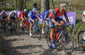 Ronde 2017, kolarze na Koppenbergu