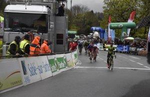 Justin Jules wygrywa finisz z peletonu na 1. etapie Circuit Cycliste Sarthe - Pays de Loire