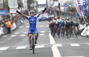David De La Cruz fpo zwycięstwie na etapie Kraju Basków