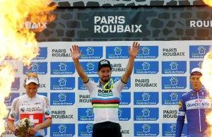 Peter Sagan na podium Paryż-Roubaix