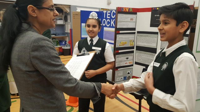 Students explaining their project at RMS STEM Fair 2018