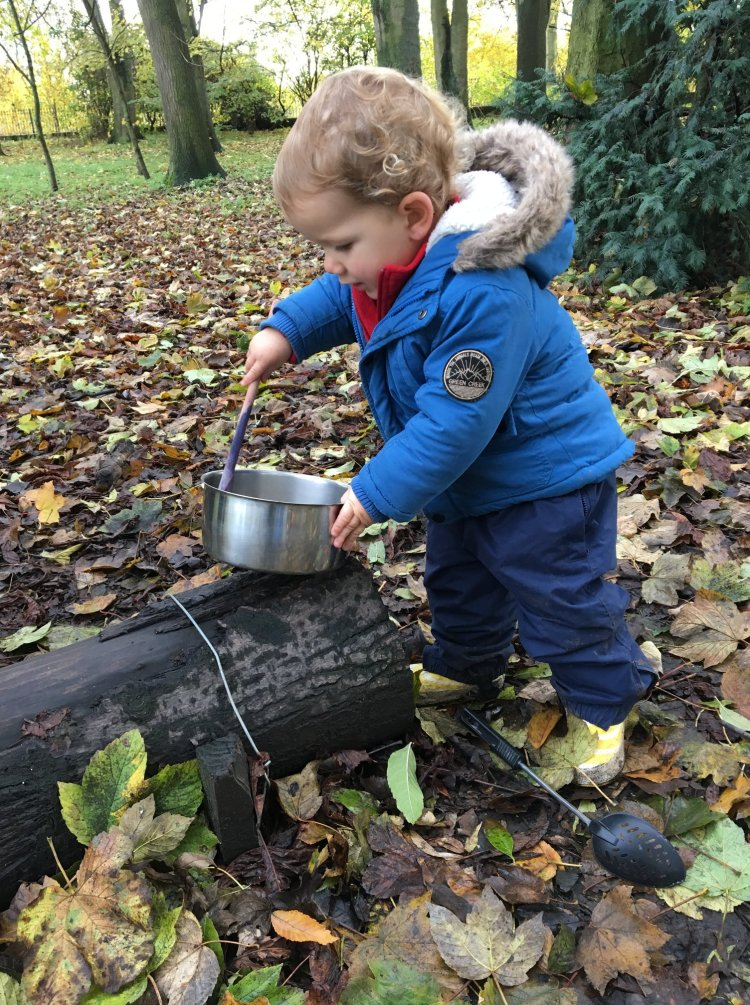 Rowntree Park forest school cooking
