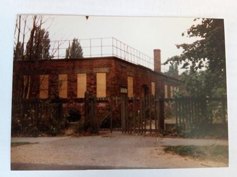 Rowntree Park Swimming Pool 1980s closing