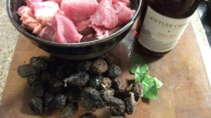 pork figs wine bay leafs