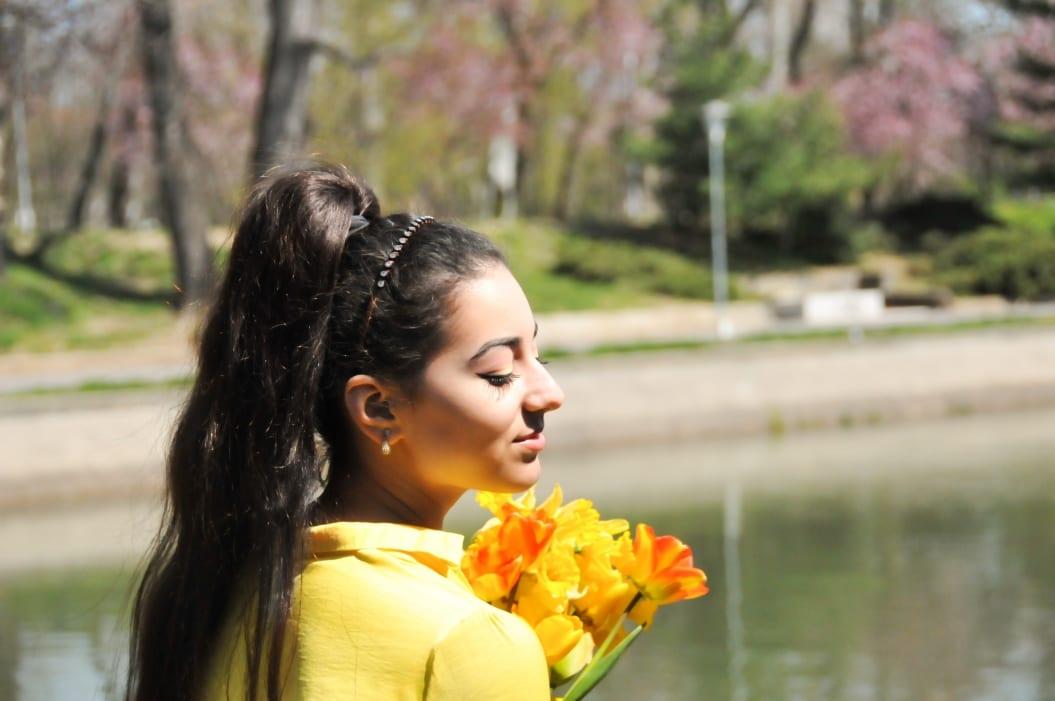blog fashion romania roxi rose top popular blogs blogger timisoara lifestyle  cars masini yellow outfit makeup