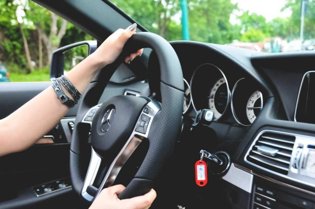 e 250 cabriolet romania timisoara amg roadshow dreamcars roadshow roxi rose blog blogger cars blog car blog fashion lifestyle mercedes benz