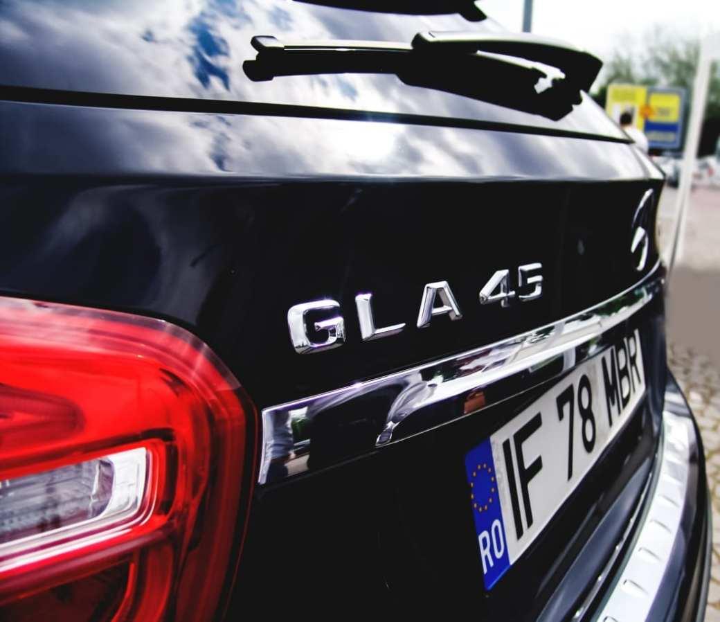 amg roadshow timisoara romania roxi rose blogger blog cars blog car blog masini romania arad gla 45 amg