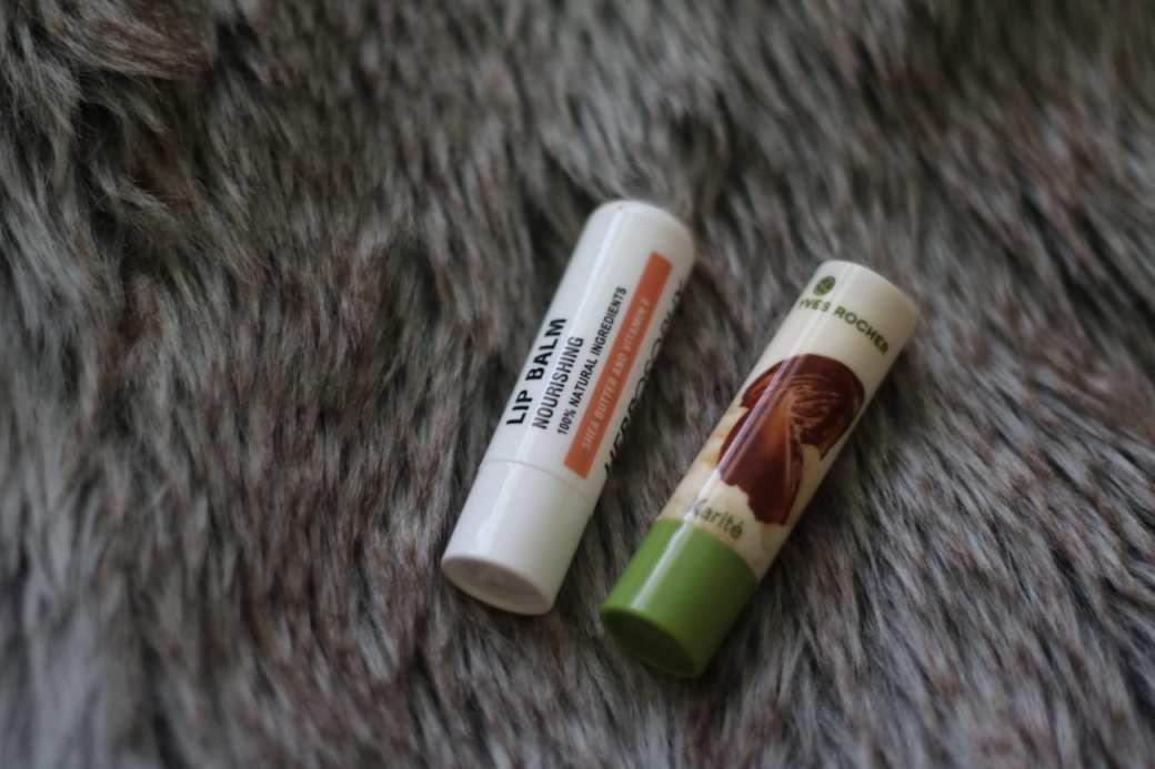 Lip Balm (Balsam de buze - Strugurel) HERBOSOPHY & Yves Rocher Karite best beauty products makeup cosmetics 2016 you should buy blog roxi rose europe english top 10 top 50 popular