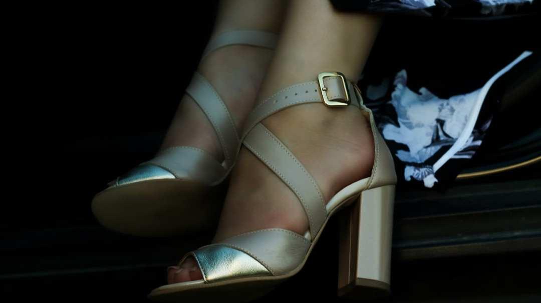 sandale piele naturala online