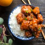 Easy and Delicious Orange Chicken Recipe by RoxyChowDown.com