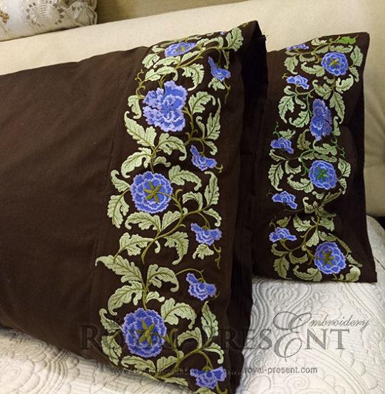 Дизайн машинной вышивки Цветочный бордюр с сиреневыми цветами