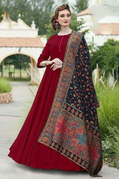 divine-maroon-color-digital-printed-dupatta-with-heavy-rayon-fabric-gown