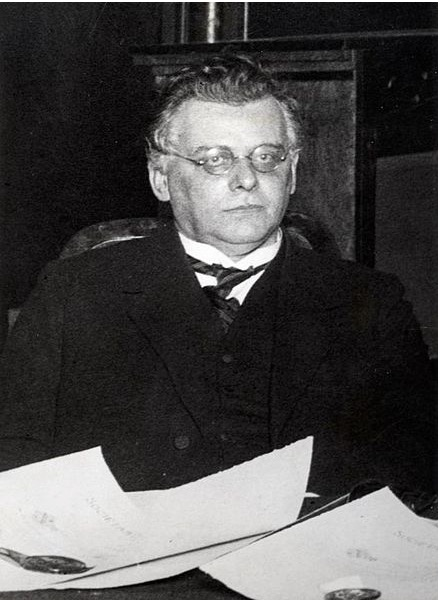Frederik Carel Gerretson, Fascist Secretary of Sir Henri Deterding, Director General of Royal Dutch Shell