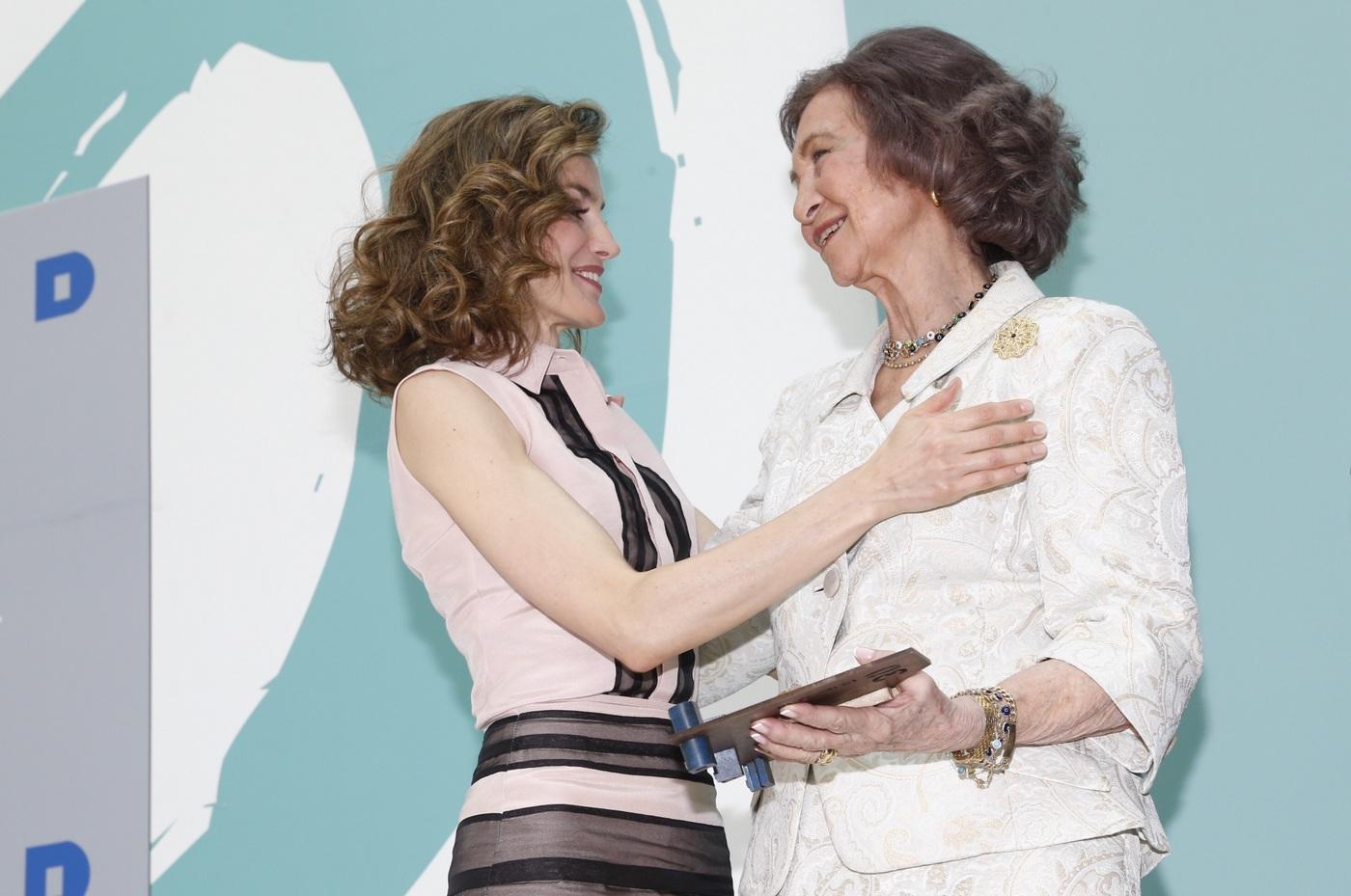Sofia and Letizia of Spain at FAD's anniversary