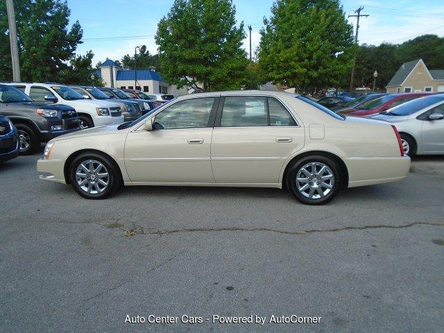 2011 Cadillac DTS Premium w/ Navi 4-Speed Automatic ...
