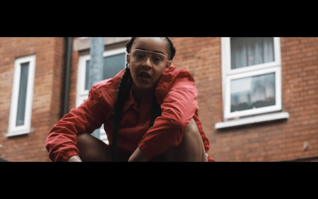 "Paigey Cakey – ""Hot Tings"""
