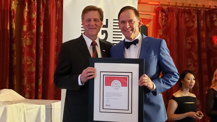 Rod and Phil AE LePage Award - Brokerage of the Year BC (1)