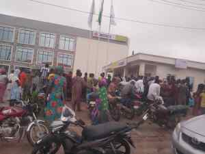 How banks are fuelling spread of COVID-19 ( PHOTOS)
