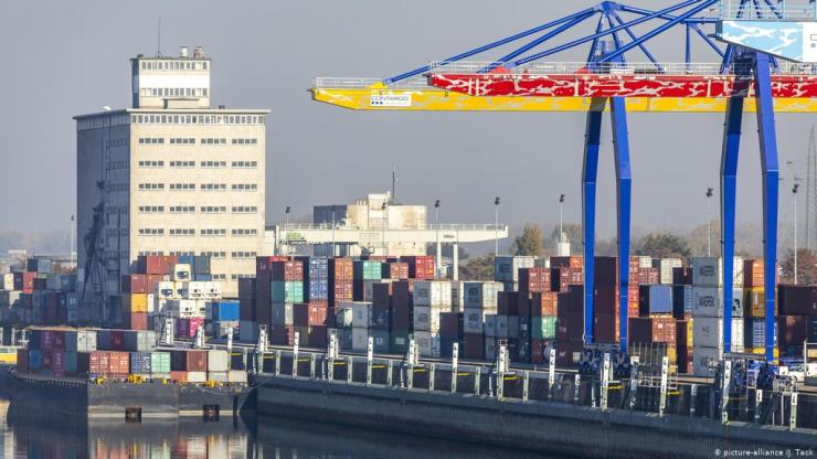 Study finds sharp plunge in German export expectations