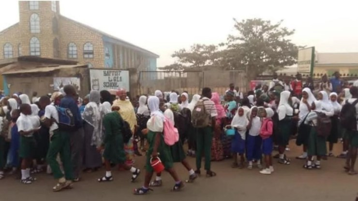 Hijab Controversy: Christians vow to continue to occupy ten mission school