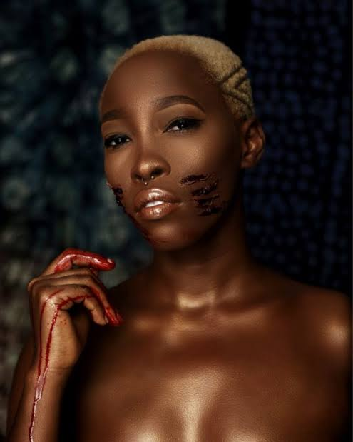 """""""I will rather sell my nudes and videos to survive than beg online"""" – Tribal mark model, Adetutu reacts after being asked why she is now an 'online sex worker'"""