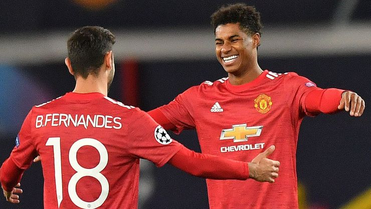 Fernandes, Cavani sparkle with braces as Manchester United hit Roma for six