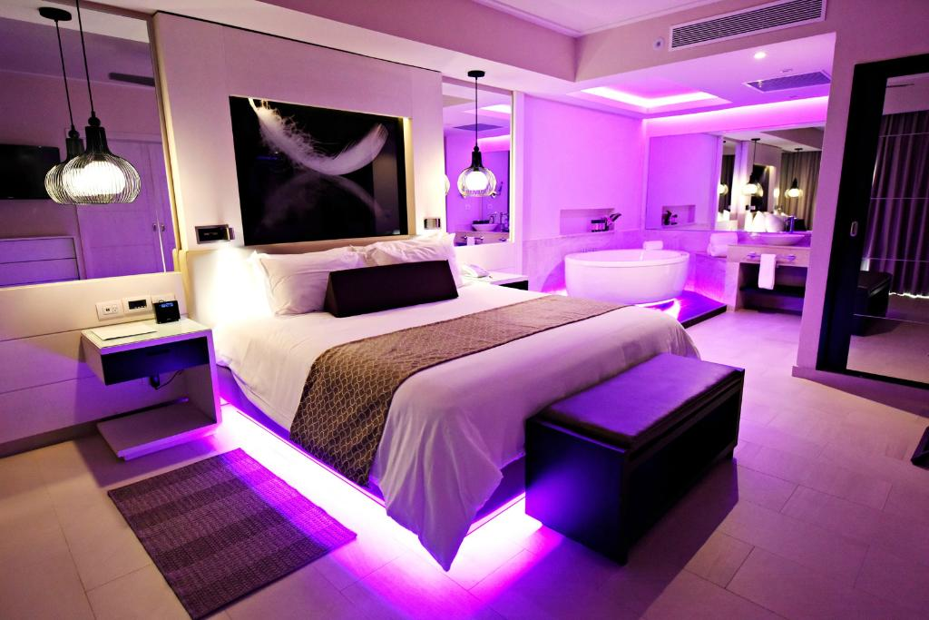 CHIC Punta Cana By Royalton - CHIC by Royalton Luxury ... on Chic By Royalton All Exclusive Resort - All Inclusive  id=77078
