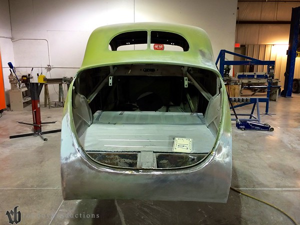 Rear shot of the 39, new floors installed. Drew was working on the car as I got there, later in the day I stopped by Jack