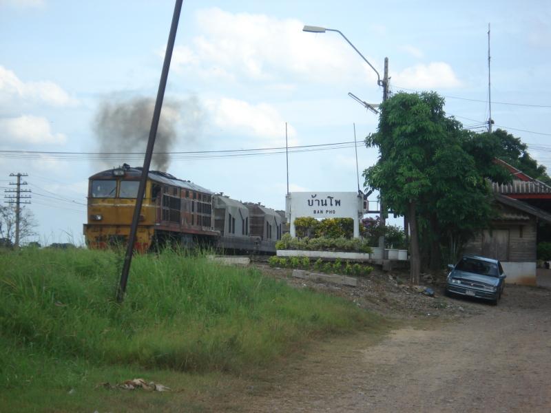 Stesen Keretapi di sebuah kampung