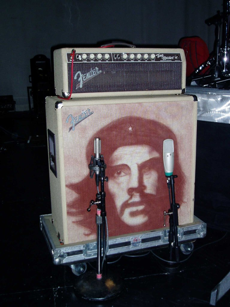 R-121 and condenser blended on Mana guitar cab.
