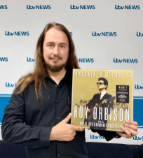 Tune in ITV News in a few minutes! I'll be talking about Roy Orbison's new album!