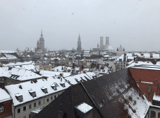 I ❤️ Munich in the Springtime! (unfortunately it's not springtime and there is a snow storm, but I still love it anyway)