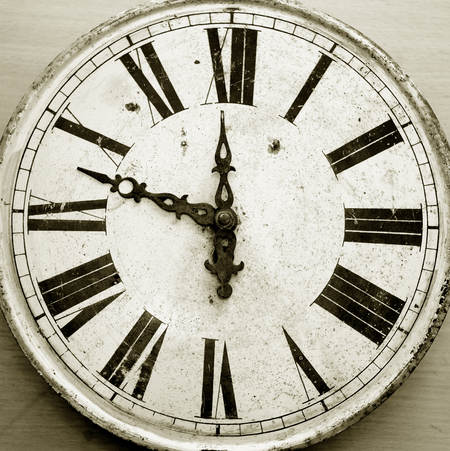 The Roman Numeral Clocks Phenomenon Question