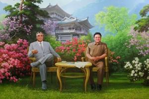 Wieczny Prezydent i Wielki Przywódca razem (zdjęcie opublikowane na licencji CC ASA 2.0, autor Roman Harak).