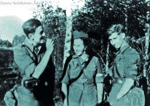 """Marek Odyn-Jankowski """"Marek"""", Danuta Siedzikówna """"Inka"""", Bogdan Obuchowski """"Zbyszek"""", Pomorze, wiosna 1946 r."""