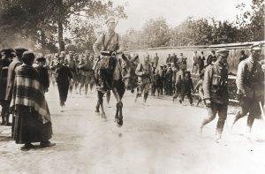 12 sierpnia 1914 roku Kompania Kadrowa wkroczyła do Kielc. Szybko jednak musiała się wycofać przed nadciągającymi Rosjanami
