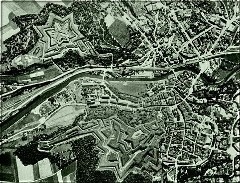 Fort Owcza Góra – fort, który jest częścią większej fortyfikacji