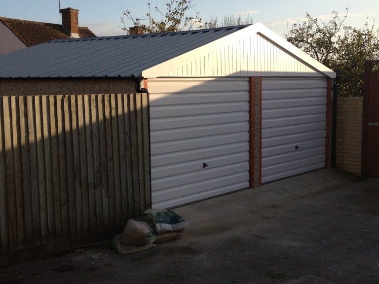 NEW STANDARD CHALLENGE DOUBLE GARAGE PICTURE 1 768x576 - Double Garages