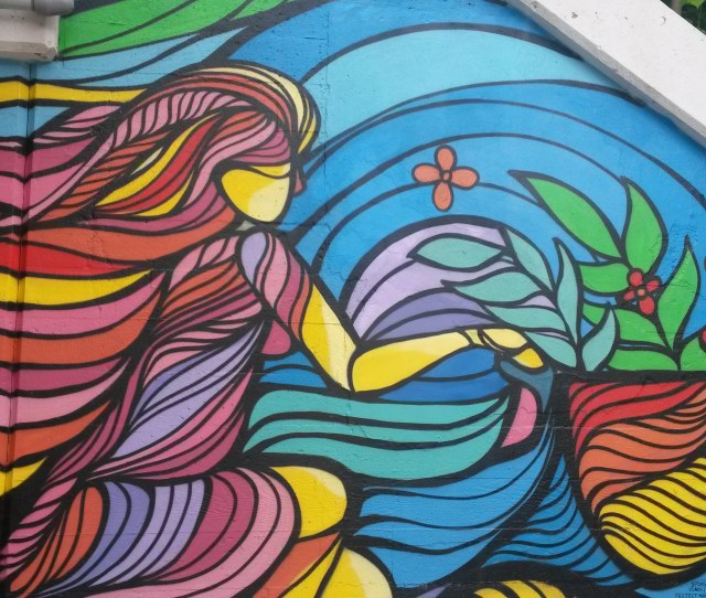 Mile Of Murals On Lunt Ave