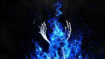 933241__the-magic-hand-of-illusion_p
