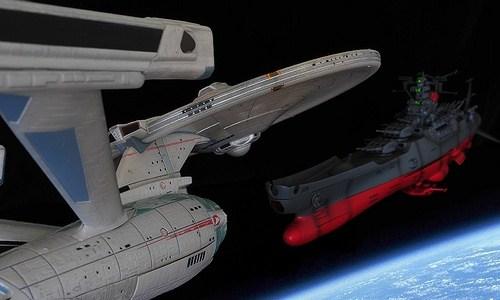 Star Trek é a primeira coisa que se pensa quando se fala ficção científica. Naves espaciais, phasers, alienígenas, teletransporte, campos de força, Star Trek tem de tudo. Nada melhor do […]