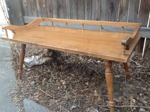 Lars: cute, turned-leg, small coffee table