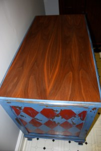 GORGEOUS rosewood veneer top!