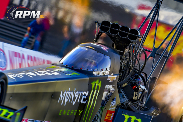 B Force leads Top Fuel test at Indy