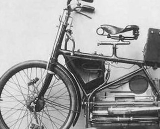 Sepeda Motor Pertama Di Dunia 1