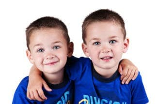 bocah kembar