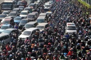 Solusi Kemacetan Jakarta Menurut Anies-Sandi