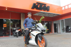 Review KTM RC250 ABS