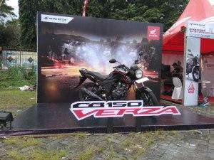 Pilihan Warna dan Harga Honda CB150 Verza di Semarang