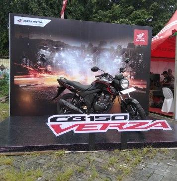 Pilihan Warna dan Harga Honda CB150 Verza